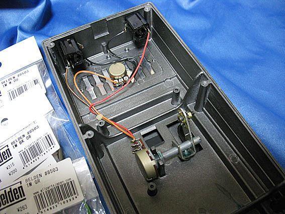 [ボリュームペダル] BOSS FV-100の内部配線交換01