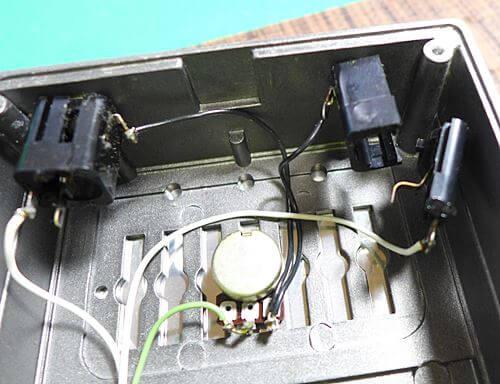 BOSS FV-100のジャック交換