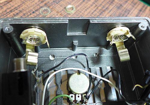 BOSS FV-100のジャックをスイッチクラフト製に交換