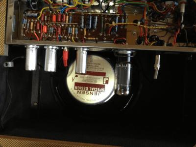 ギターアンプのスピーカー交換終了