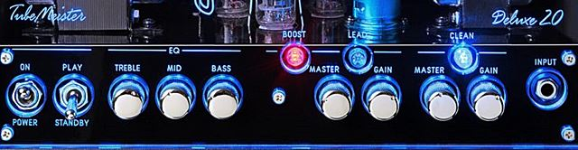 HUGHES & KETTNER TubeMeister Deluxe 20のコントロール