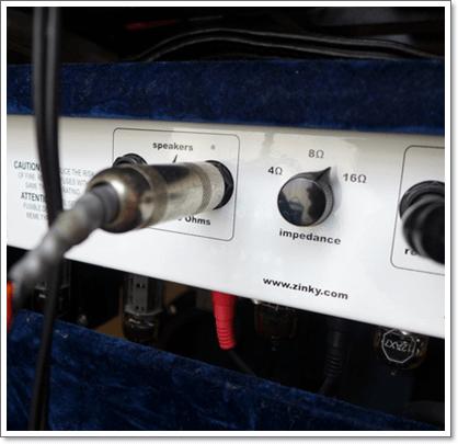 スピーカー出力端子を使って別のスピーカーを鳴らしてみましょう