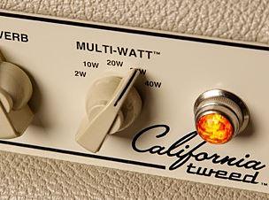 California Tweedに搭載のマルチワットスイッチ