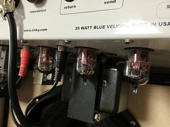 ZINKY Blue Velvetのプリアンプ真空管