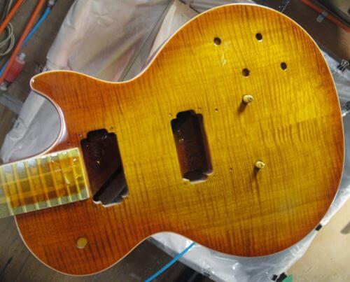 Gibson LesPaul Reissue(1988年製)の再塗装中3