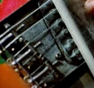 ジミー・ペイジの1959年製テレキャスターは表側から弦を通すトップローディング仕様