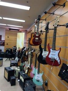 サウンドハウスのギターフロア2