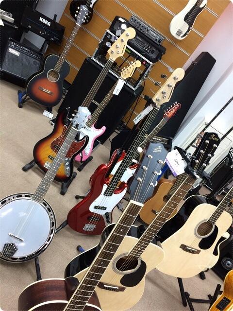 サウンドハウスのギターフロア1