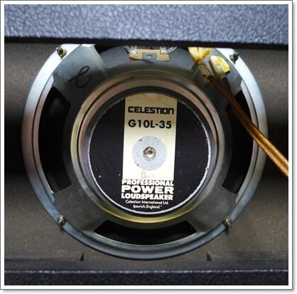 スピーカーはCELESTION G10L-35(10インチ、8Ω)