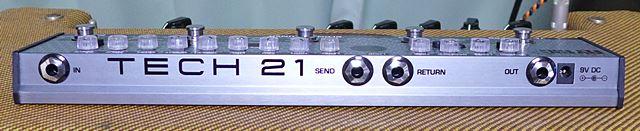 TECH21 FLY RIG 5 V2のエフェクトループ