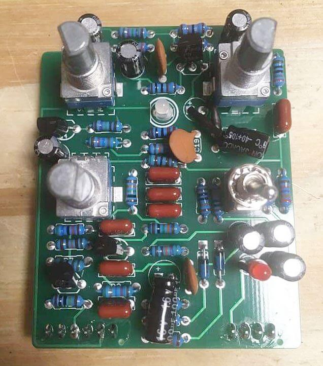 DANELECTRO 3699 FUZZ TF-1の基盤 NOSのトランジスタとのこと